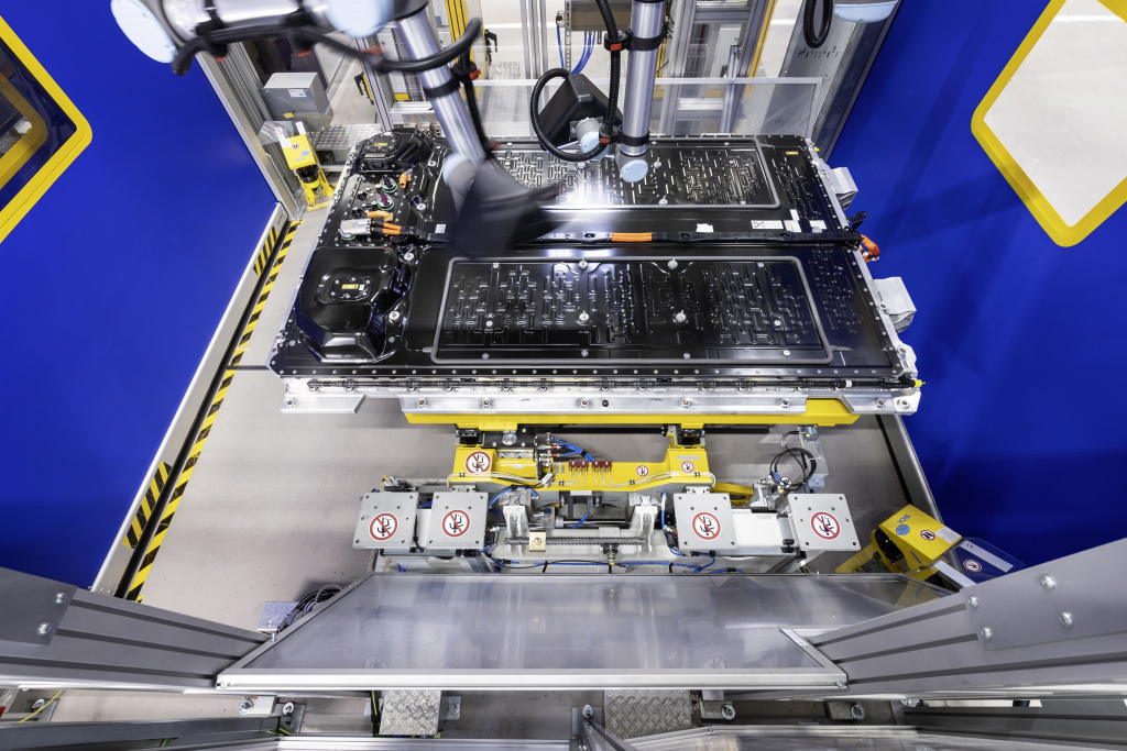 mercedes eq battery production 3