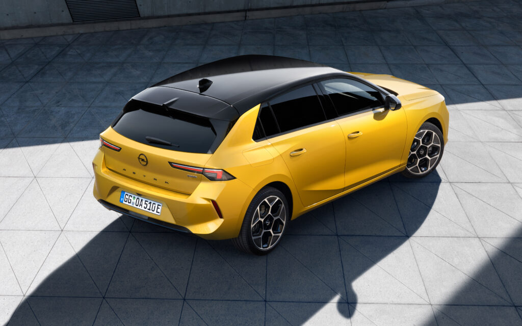 The new 2021 Opel Astra L 1